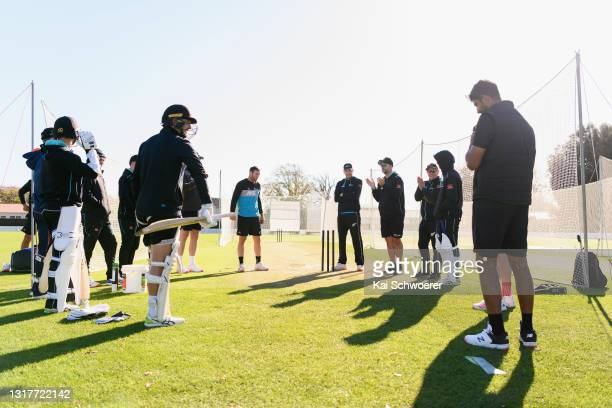 Bowling Coach Shane Jurgensen speaks to his players during a New Zealand Blackcaps training session at the New Zealand Cricket High Performance...