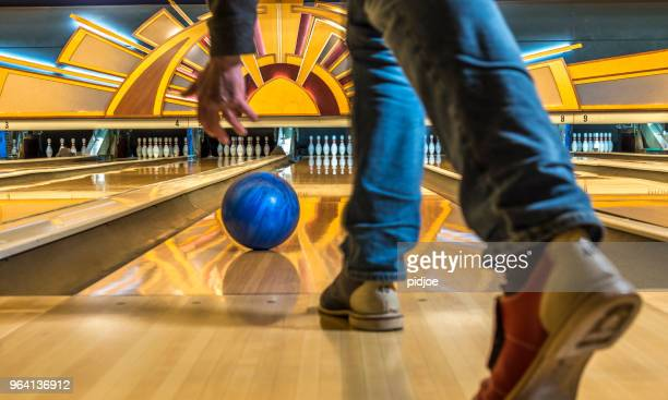 bowling - bowling stock pictures, royalty-free photos & images