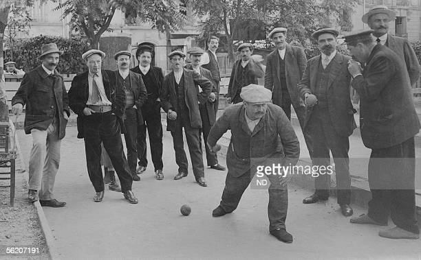 Bowls game rue OlivierdeSerres Paris XVeme district about 1910