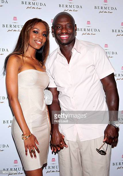 Boxer Antonio Tarver and wife Denise Tarver attend the Bermuda Music Festival's Pink Carpet Premiere of This Is It