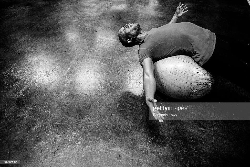 Training With Boxer Bernard Hopkins : News Photo