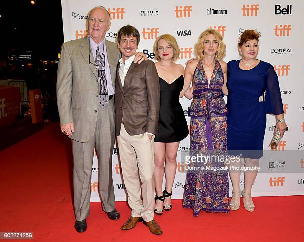 Boxer Chuck Wepner director Philippe Falardeau actresses Elisabeth Moss Naomi Watts and Linda Wepner attend 'The Bleeder' premiere during the 2016...