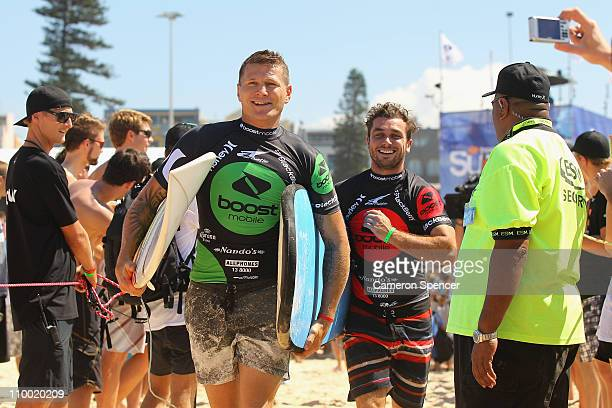 Boxer Danny Green competes in the celebrity challenge during the Boost Mobile Surfsho at Bondi Beach on March 12 2011 in Sydney Australia