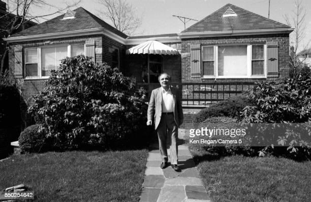 Boxer Jake LaMotta is photographed in April 1981 visiting his old neighborhood in Bronx New York CREDIT MUST READ Ken Regan/Camera 5 via Contour by...