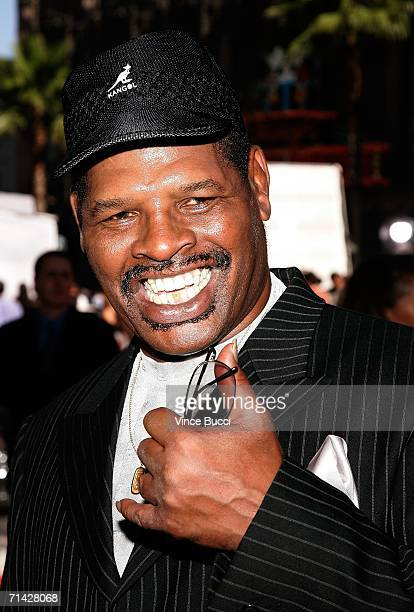 Boxer Leon Spinks arrives at the 2006 ESPY Awards at the Kodak Theatre on July 12 2006 in Hollywood California