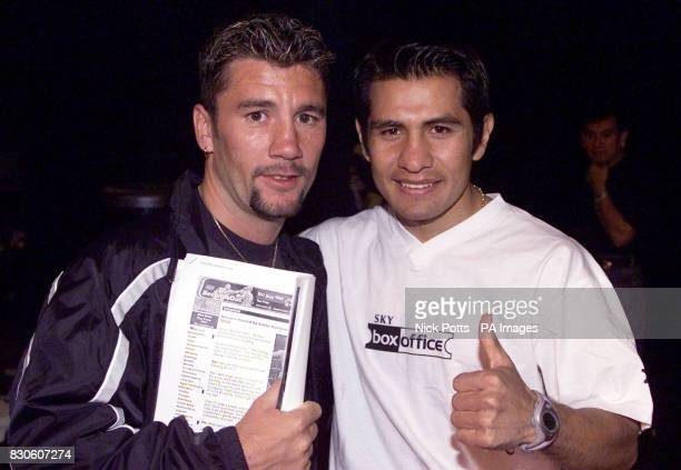 Boxer Marco Antonia Barrera looking very relaxed with Wayne McCullough who challenged and lost to Prince Naseem Hamed after the press workout, prior...