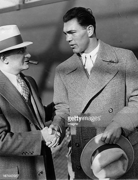 Boxer Max Schmeling and his manager Joe Jacobs in New York USA Photograph About 1935 Boxer Max Schmeling und sein Manager Joe Jacobs in New York USA...