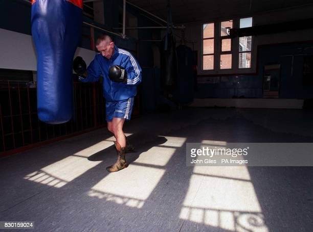 Boxer Paul Ingle in training at a gym in Hull East Yorkshire prior to his WBO Featherweight World Championship boxing match against the champion...