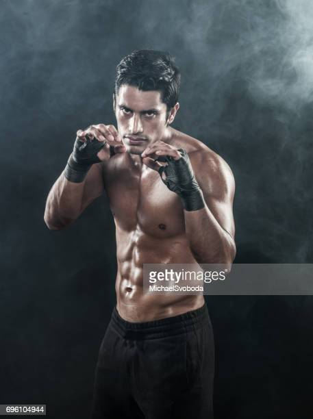 boxer schaduw boksen warming-up - mixed martial arts stockfoto's en -beelden