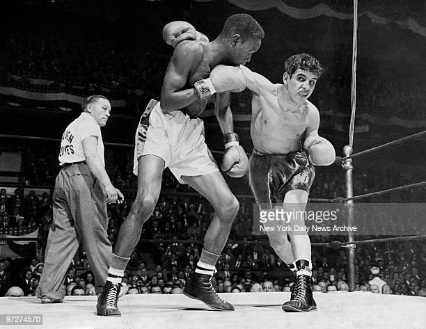 Boxers Lou Perez and Nate Brooks go at it in Golden Gloves bout at Madison Square Garden