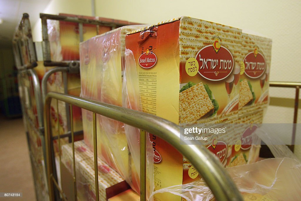 Berlin Jews Prepare For Passover : News Photo