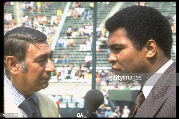 Boxing champion Muhammad Ali and sportscaster Howard Cosell