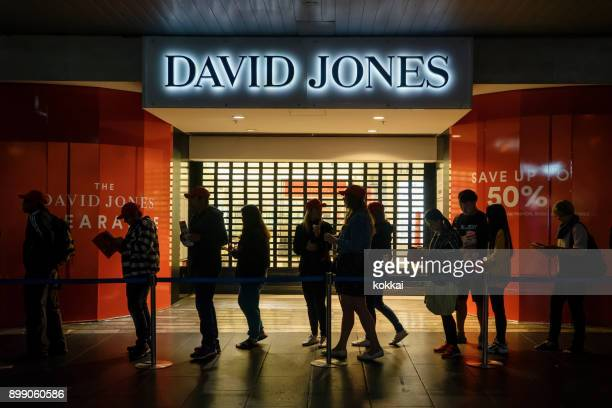 boxing day sales at david jones, bourke street mall - boxing day stock pictures, royalty-free photos & images