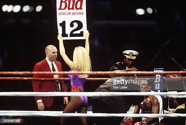 IBA/ WBC Welterweight Title Shane Mosley in corner during fight vs Oscar De La Hoya as card girl announces round 12 at Staples Center Los Angeles CA...