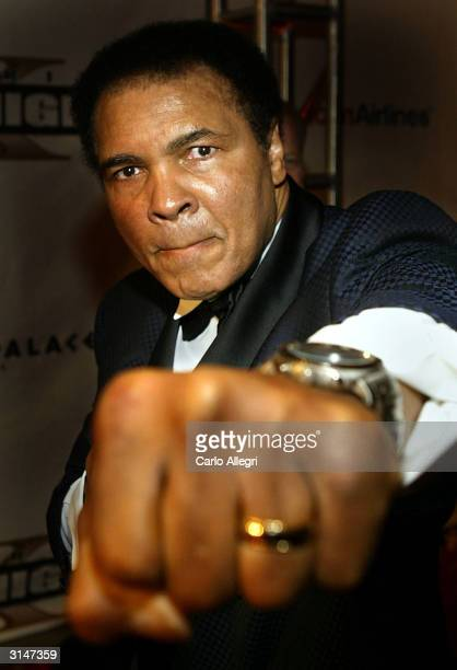 Boxing legend Muhammad Ali arrives at Celebrity Fight Night X a charity event to raise money for the Muhammad Ali Parkinson Research Center at Barrow...