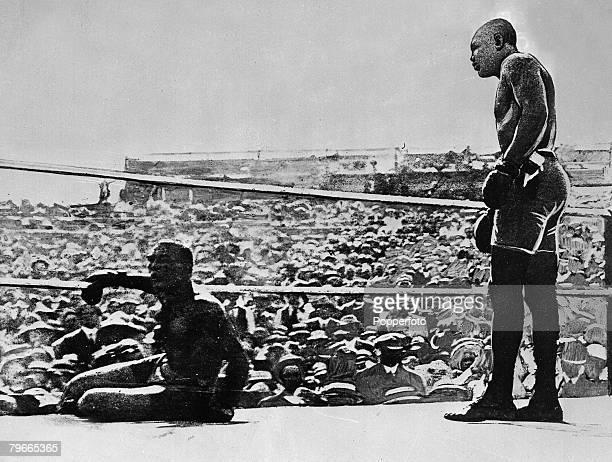 Boxing Nevada USA 4th July Jack Johnson becomes the first black man to win the World Heavyweight championship by knocking out Jim Jeffries in their...