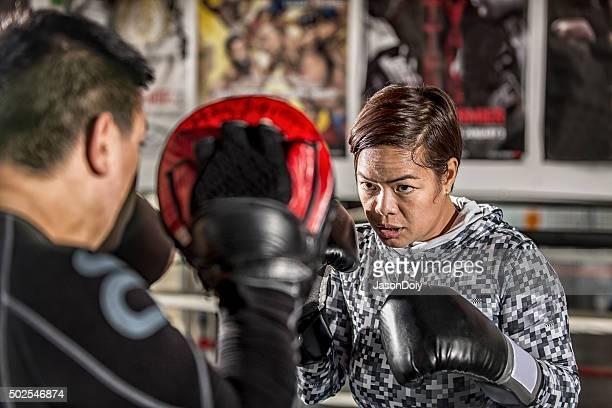 Boxe: Pratiques de formation avec énergie des protections dans le Ring de boxe