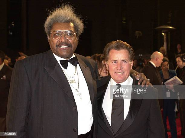 Boxing promoter Don King poses with actor Martin Sheen at the Red Carpet arrivals for the ESPY Awards held at the MGM Grand February 12 2001 in Las...