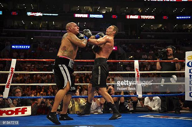 WBC Heavyweight Title Chris Arreola in action vs Vitali Klitschko during fight at Staples Center Los Angeles CA 9/26/2009 CREDIT Robert Beck