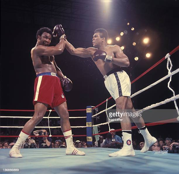 Boxing: WBC/ WBA World Heavyweight Title: Muhammad Ali in action vs George Foreman during fight at Stade du 20 Mai. Kinshasa, Zaire CREDIT: Neil...