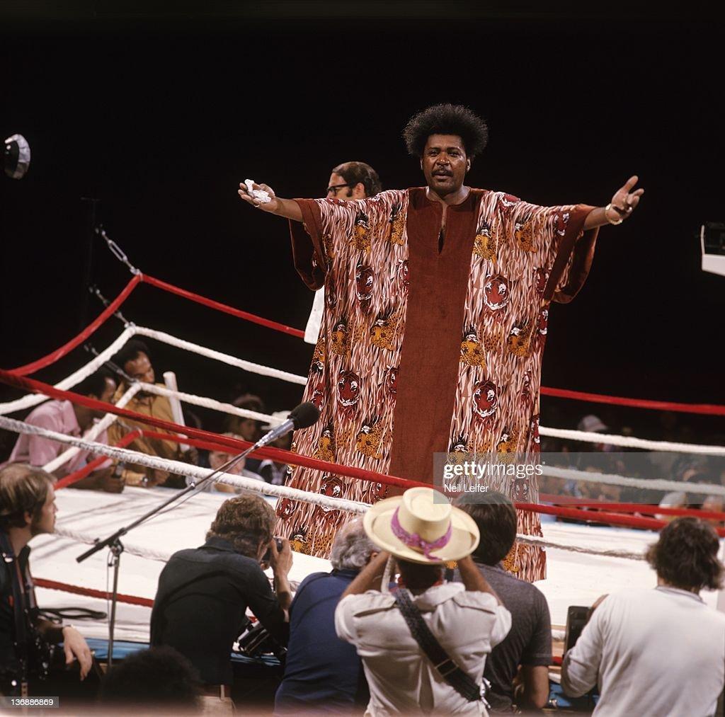 Muhammad Ali vs George Foreman, 1974 WBC/ WBA World Heavyweight Title : News Photo