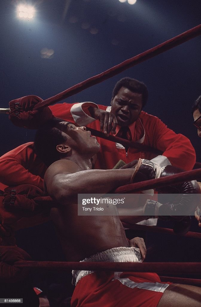 WBC/WBA Heavyweight Title, Muhammad Ali in corner with trainer Bundini Brown during match vs Joe Frazier at Madison Square Garden, New York, NY 3/8/1971