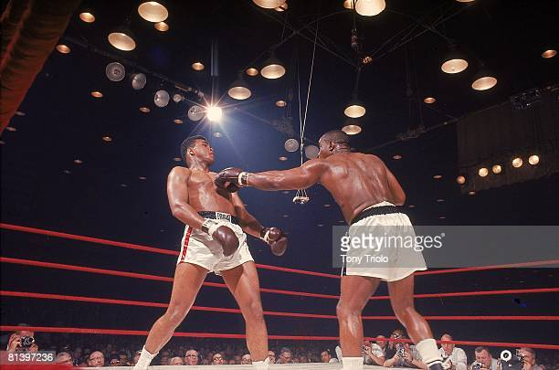 Boxing World Heavyweight Title Cassius Clay in action vs Sonny Liston at Convention Hall Miami FL 2/25/1964