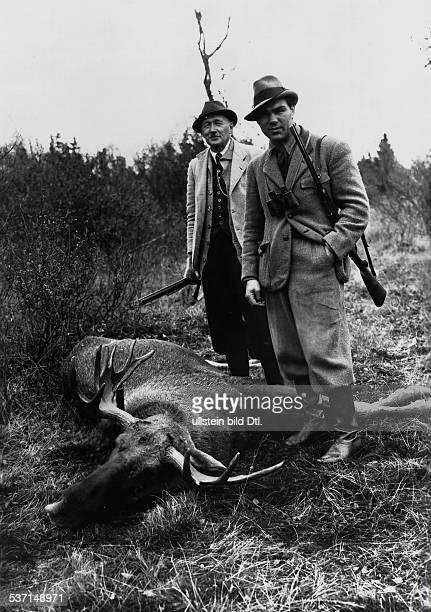 Boxsportler D während einer Elchjagd mit Bengt Berg in Schweden 1936
