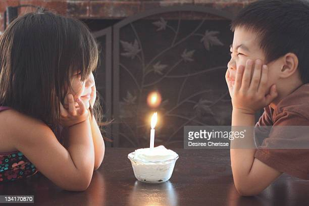 boy and girl looking at each other - san bruno stock pictures, royalty-free photos & images