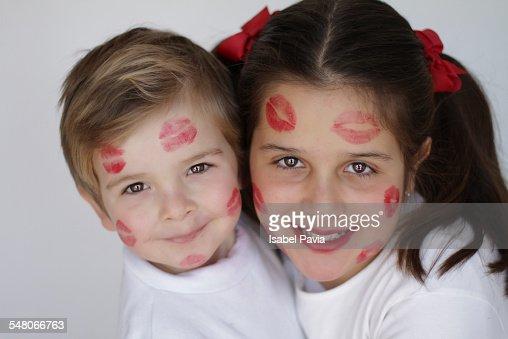 Girl and boy kiss image download-7197