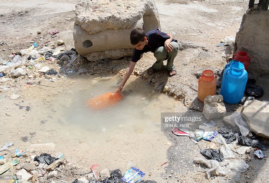 SYRIA-CONFLICT-ALEPPO-WATER : News Photo