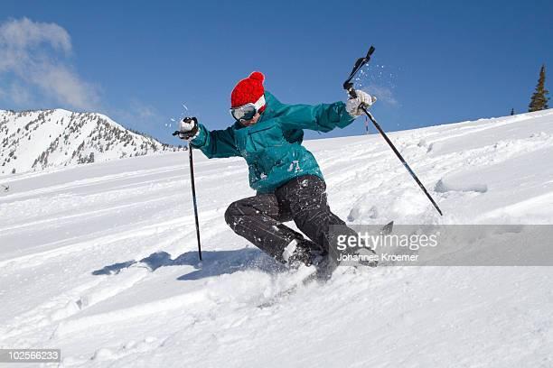 boy falling skiing - chute ski photos et images de collection