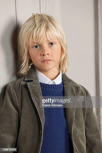 18 744 Boy Long Hair Bilder Und Fotos Getty Images