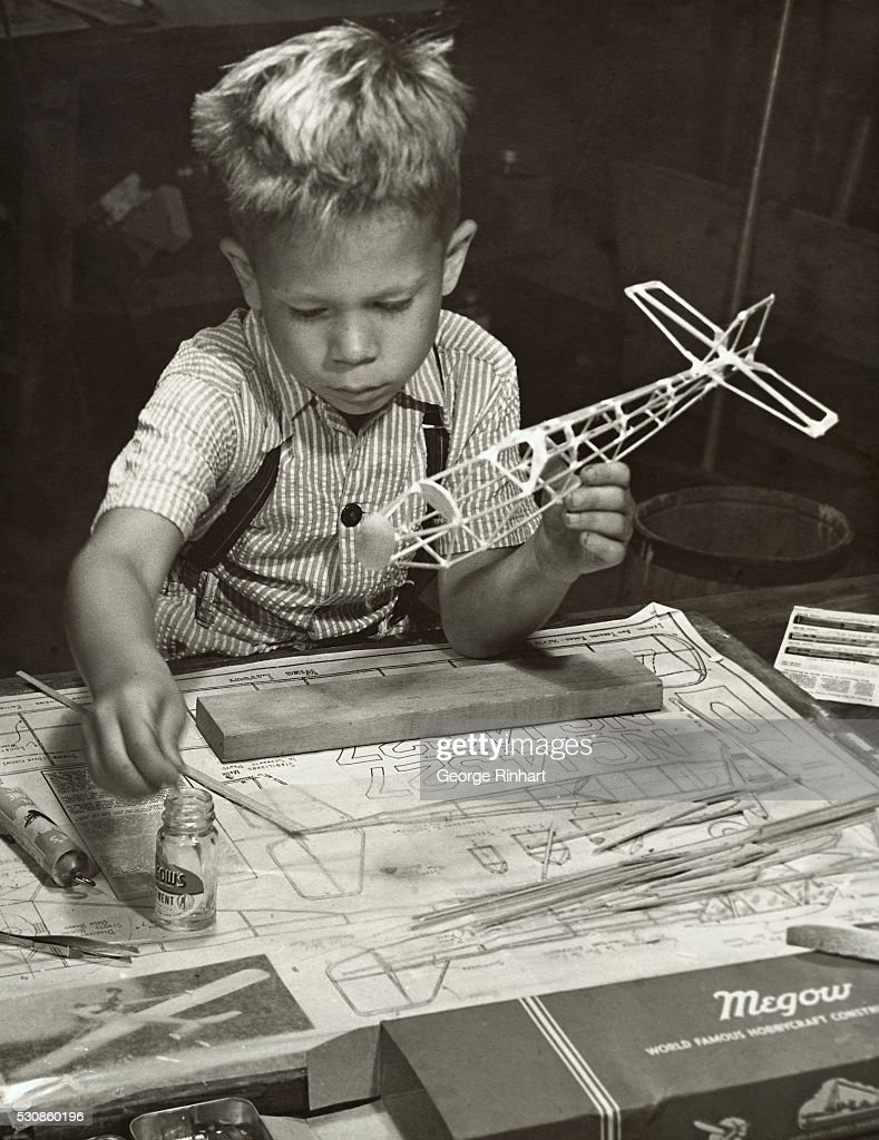 Boy Making a Model Airplane News Photo - Getty Images