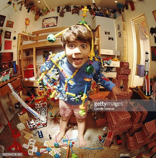 boy (4-6) playing with toys in bedroom (fisheye) - junge in unterhose stock-fotos und bilder