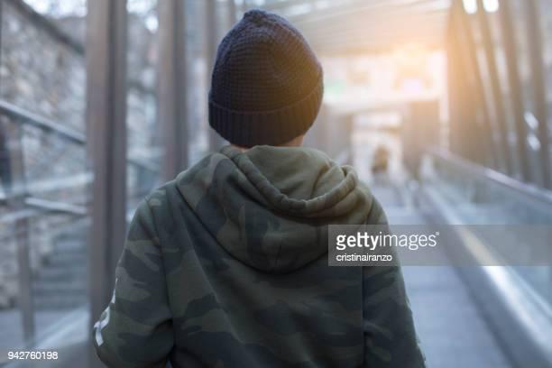 boy portrait - ビトリア=ガステイス ストックフォトと画像