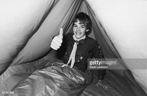 Boy scout 15yearold David Ross begins his attempt to break the record for outdoor camping 23rd July 1976 He has just pitched his tent in Gilwell Park...