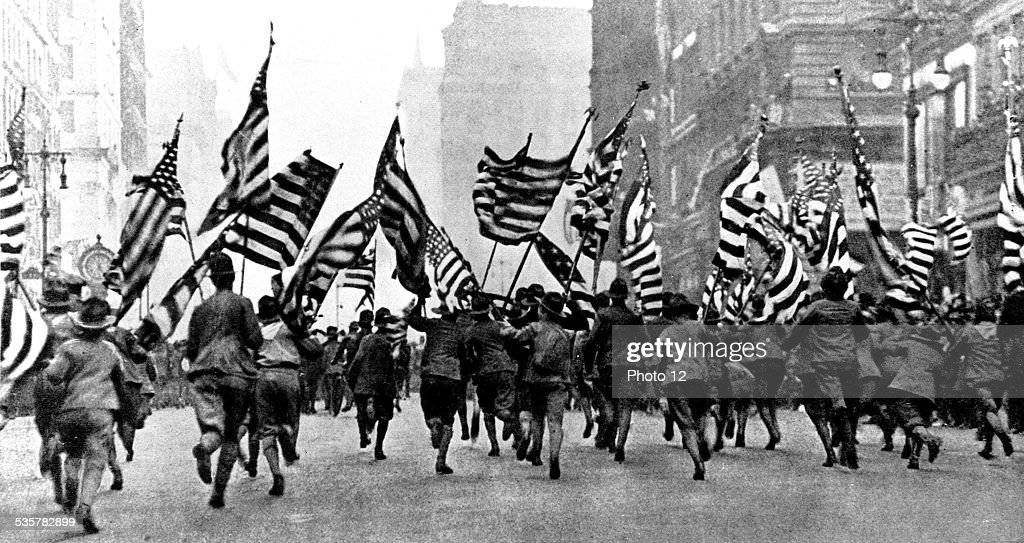 Boy scouts demonstration in New York on Fifth Avenue, just after the declaration of war, April 1917, United States - World War I.