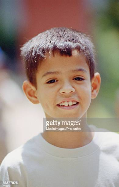boy (6-9 years) smiling, close-up - 6 7 years stock pictures, royalty-free photos & images
