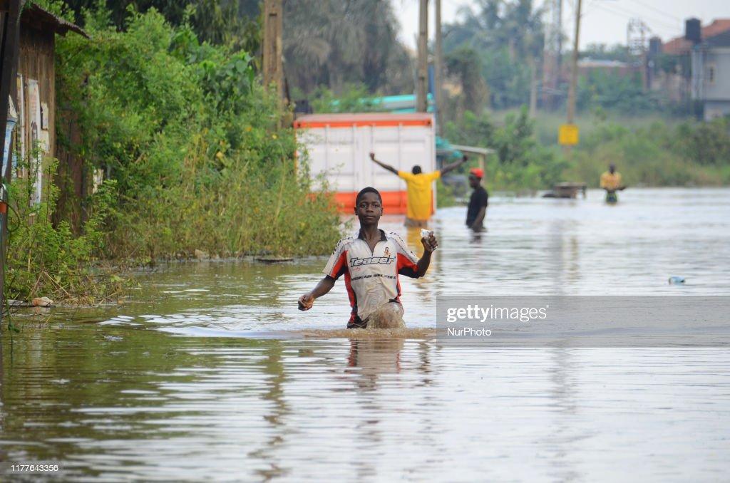 Heavy Flood In Nigeria : News Photo