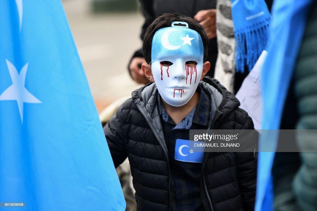 BELGIUM-EU-CHINA-PROTEST-UIGHURS : News Photo