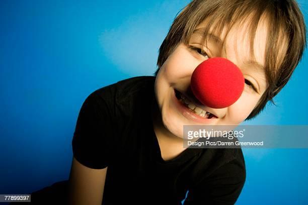 """""""boy, wearing, a, clown, nose"""" - nariz de payaso fotografías e imágenes de stock"""