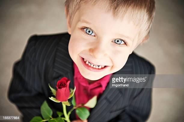 Junge mit einer rose