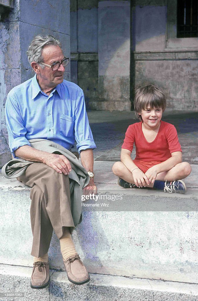 Boy with his grandfather : Foto de stock