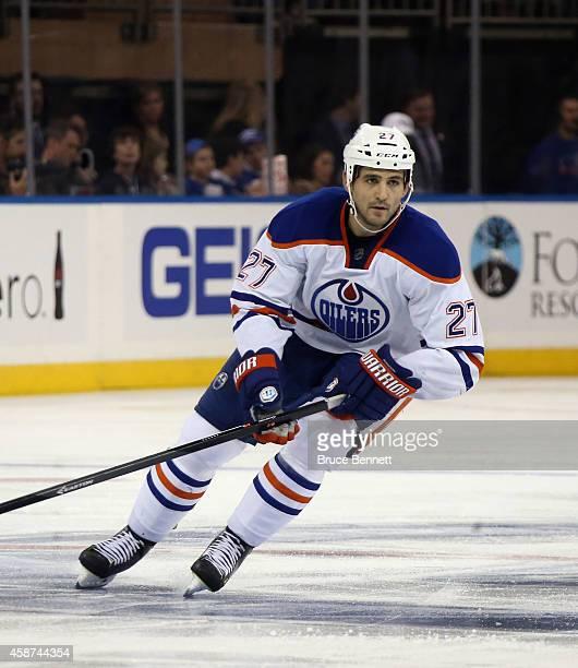 Boyd Gordon of the Edmonton Oilers skates against the New York Rangers at Madison Square Garden on November 9 2014 in New York City The Oilers...