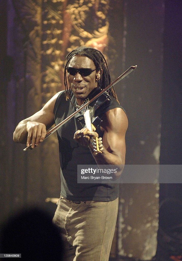 Boyd Tinsley of the Dave Matthews Band during Dave Matthews Band on 'VH1 Storytellers' - May 17, 2005 at Harvey Theater - Brooklyn Academy of Music in Brooklyn, New York, United States.