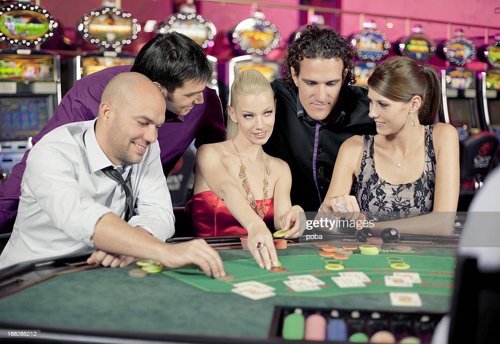 казино блек джек играть бесплатно