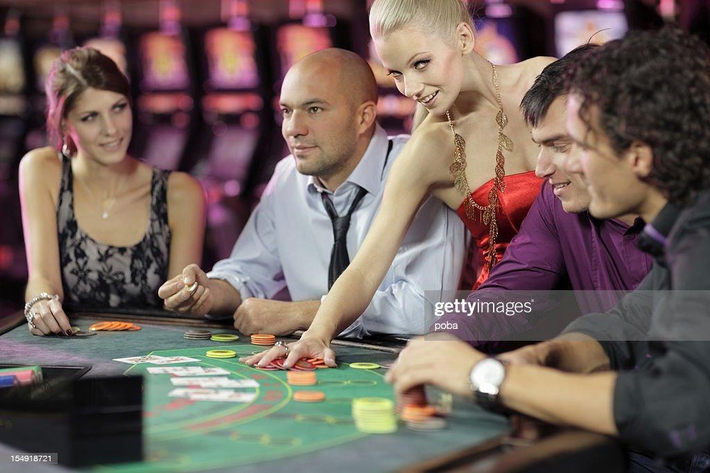 casino app mit leiter und karten