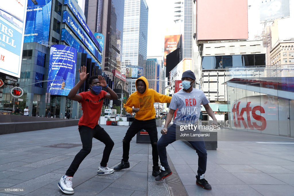 Daily Life In New York City Amid Coronavirus Outbreak : News Photo