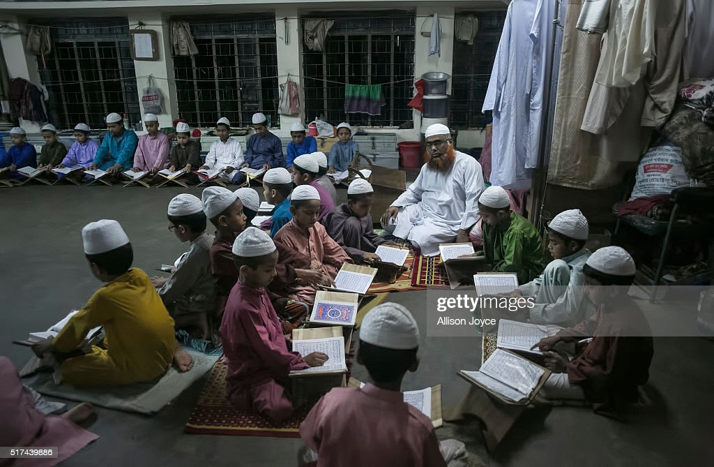 ISIS and Islamic Fundamentalism On The Rise In Bangladesh : News Photo